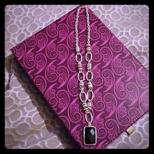 Jewelry - Black pendant necklace